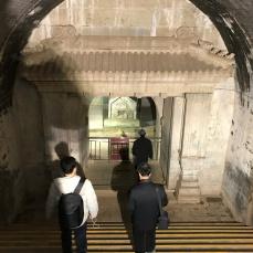 清史网北京考察团在清东陵(容妃(香妃)墓)